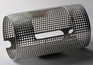 成型零件有300多小孔,卷圆加工